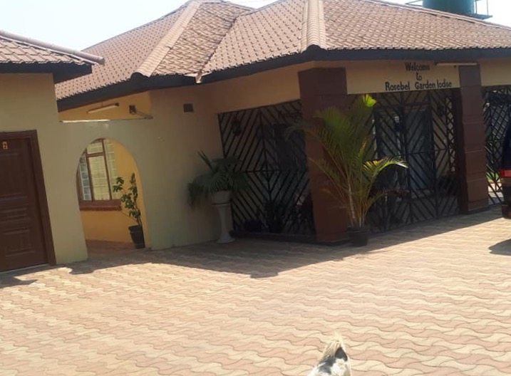 charming lodge for sale in avondale lusaka ��be forward